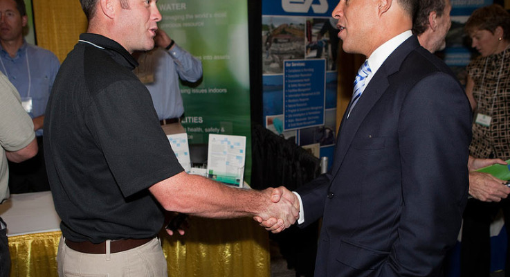 How to Turn Trade Show Visitors Into Customers