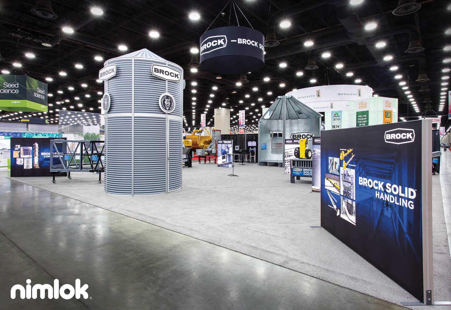 Top 10 Creative Trade Show Booth Design Examples | Nimlok Blog